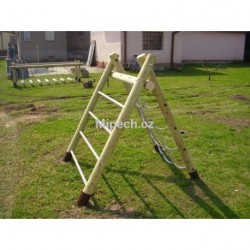 Přelézačka s řetězovou sítí a žebříkem, výška 1,2 m