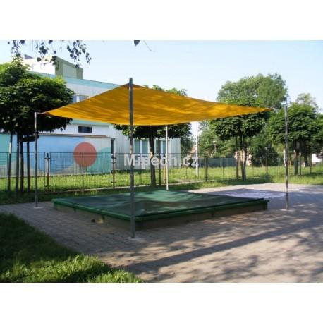 Posuvné zastínění pískoviště s nylonovou plachtou barva žlutá nebo červená, zastínění 100% cena za m2.